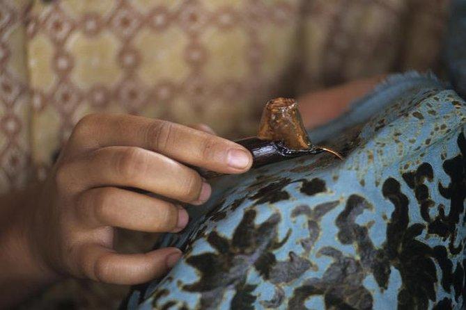 Aplikasi Batik Digital Diluncurkan pada Perayaan HUT RI di Swiss