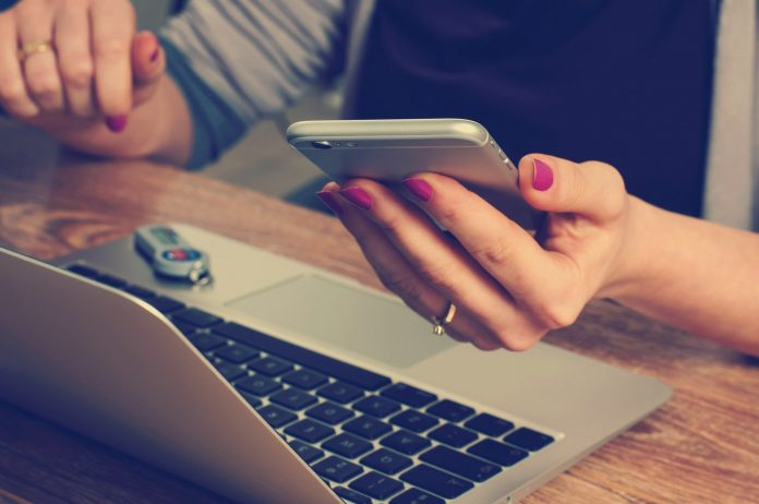 MNEWS.co.id - Teknologi dan Peluang Pengusaha Perempuan